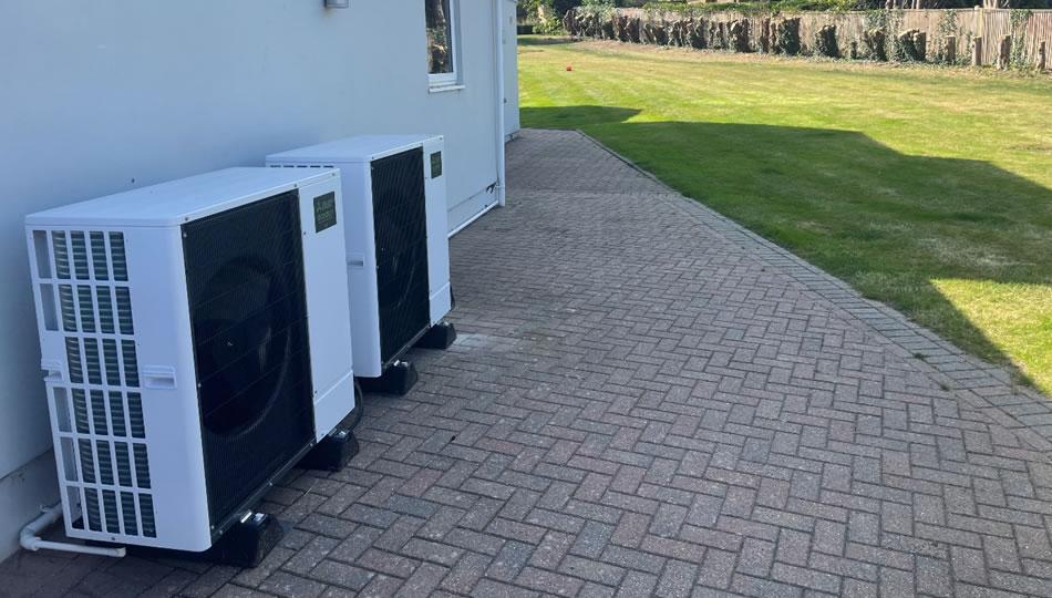 Cascade Air Source Heat Pumps